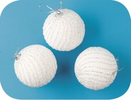Baubles Shatterproof 8 cm, Set of 3, White with Glitter Stripes